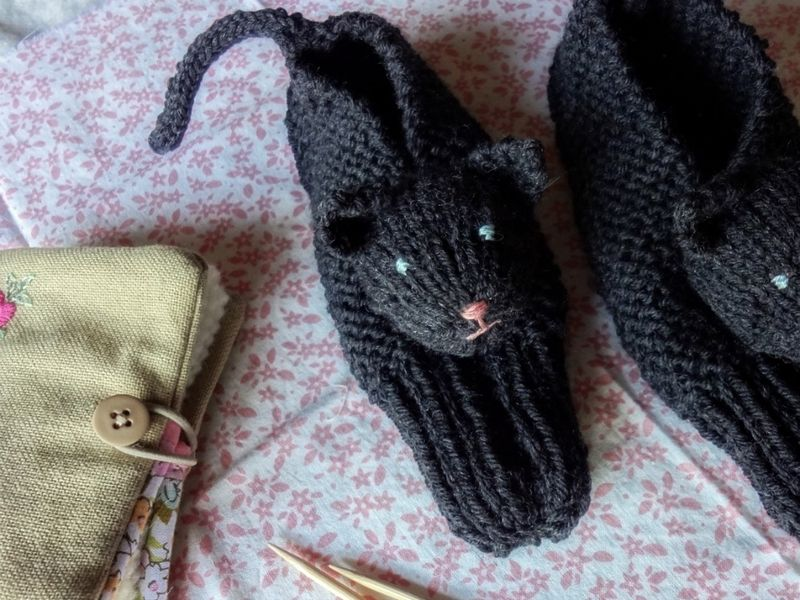 Cuddliest Kitty Slippers - Olallieberry